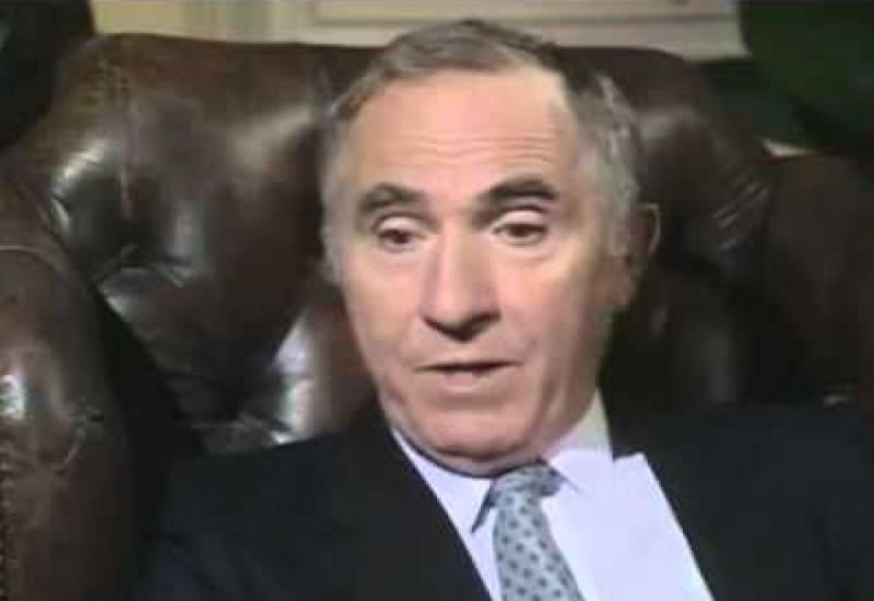 A letter from Sir Humphrey Appleby to the Home Secretary